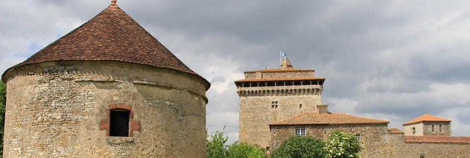 Bazoges, donjon et pigeonnier Vendée