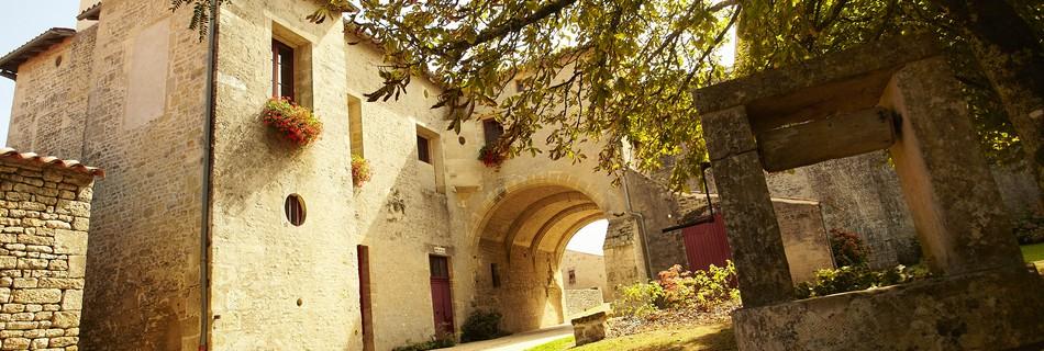 Foussais-Payré Vendée à 9 km du gite de la Gravée