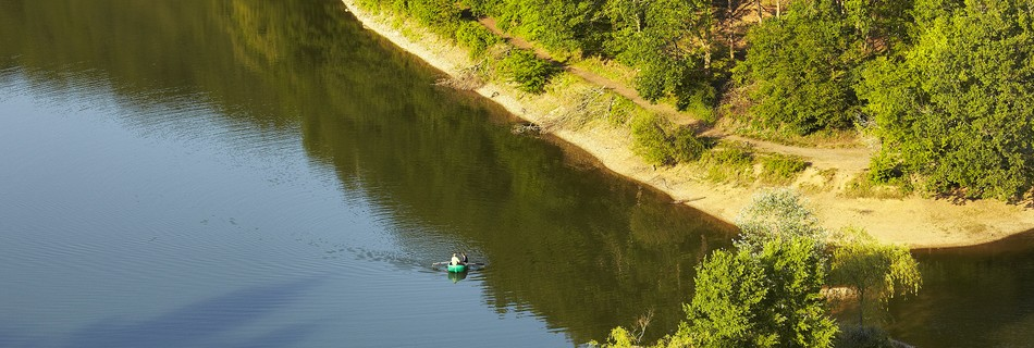 Lac de Mervent à 5 mn du gite de la Gravée en Vendée