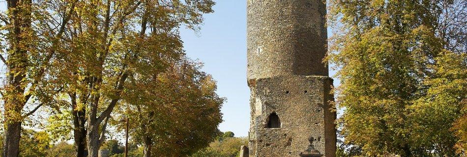 Vouvant la tour Mélusine en Vendée