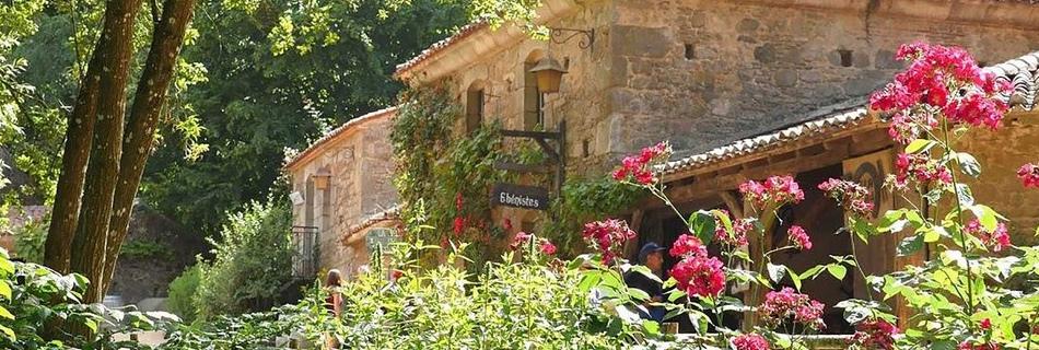 Village-18ème-Puy-du-Fou