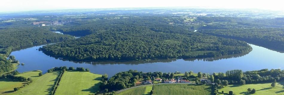 La rivière Vendée à proximité de Saint Michel le CLoucq